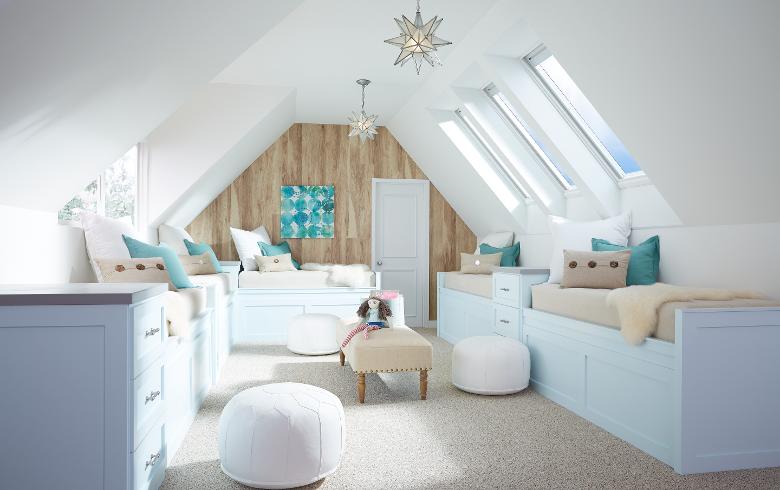bonus-room-skylights-bay24-blinds-open-2560-working-2-1